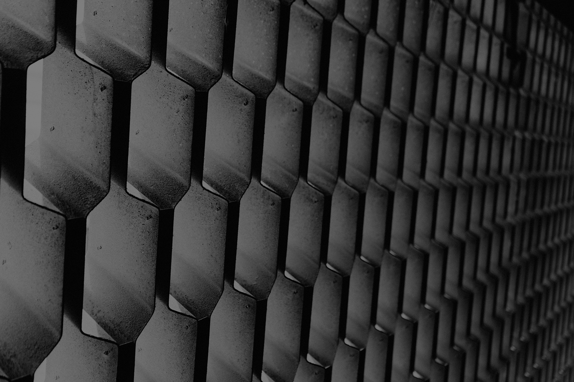 moorhouse-construction-metal-pattern